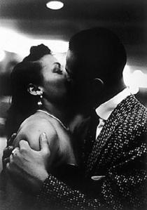 kissing couple2