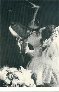 kissing couples3